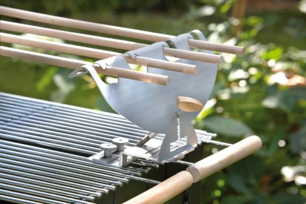 steckerlfisch grill halter aus edelstahl edelstahlgrill und holzkohlegrill. Black Bedroom Furniture Sets. Home Design Ideas